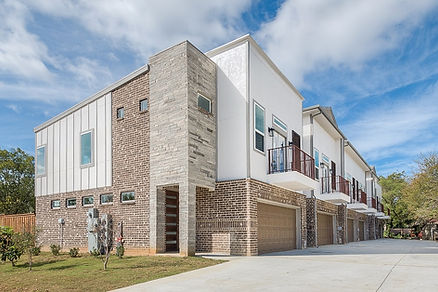 amour_vallee_townhomes_75235_1.jpg