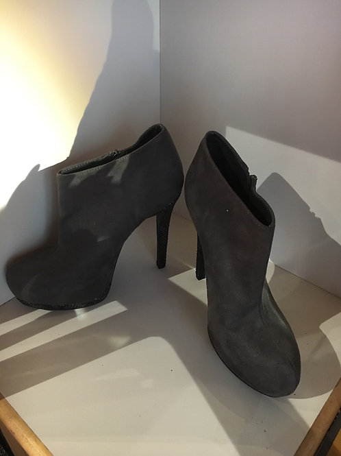 Suede Boots Size 6