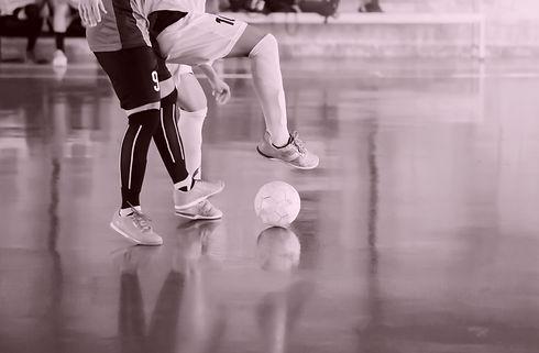Futsal%20player%20%20trap%20and%20contro