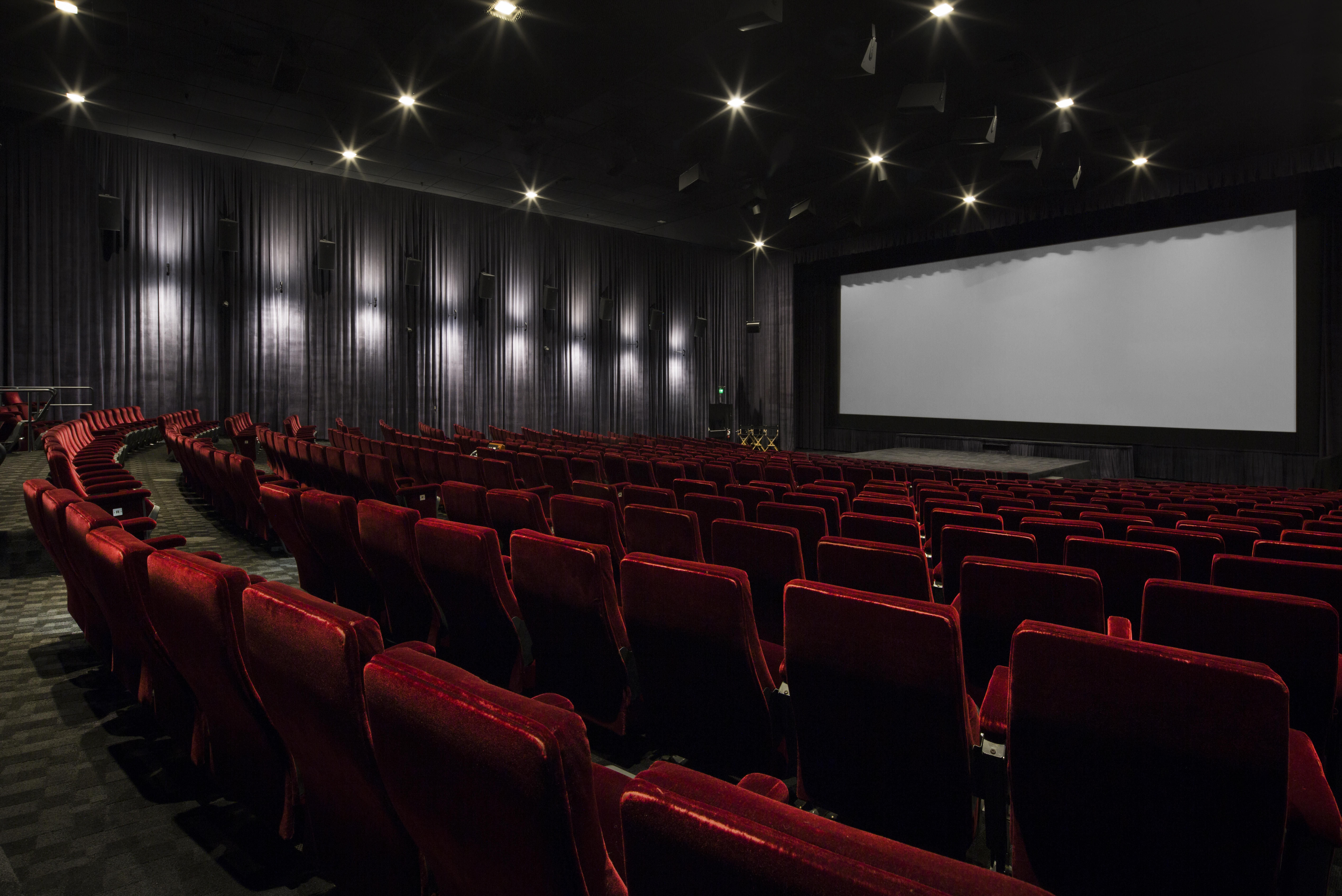 DARRYL F. ZANUCK THEATER - 476 Seats