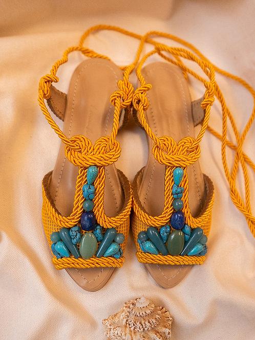 Dora Flat/ Yellow/ Nude/ tuquoise stones