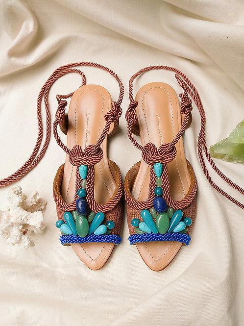 Dora Flat/ Castanho + Azul Royal/ Sella/ pedras turquesas