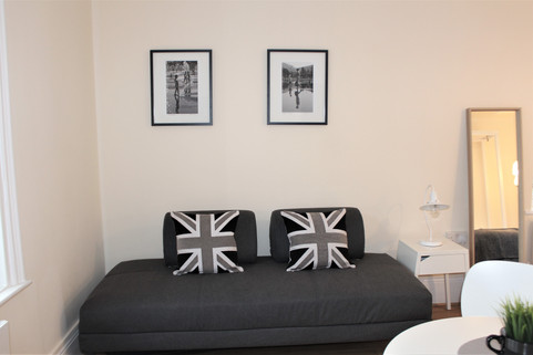 flat 1 sofa.jpg