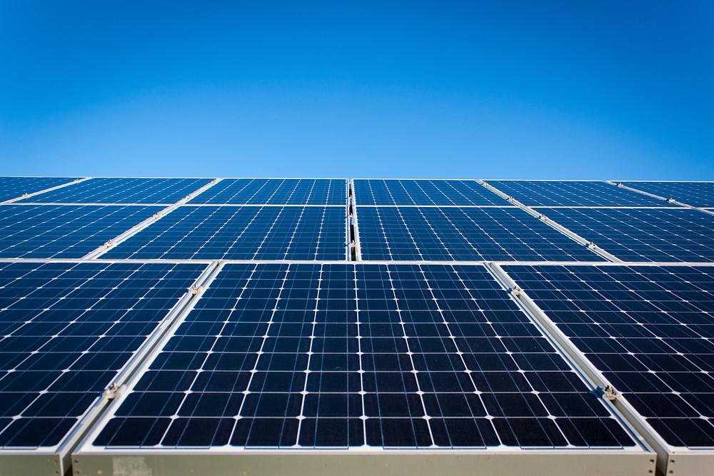 City solar rooftop program design