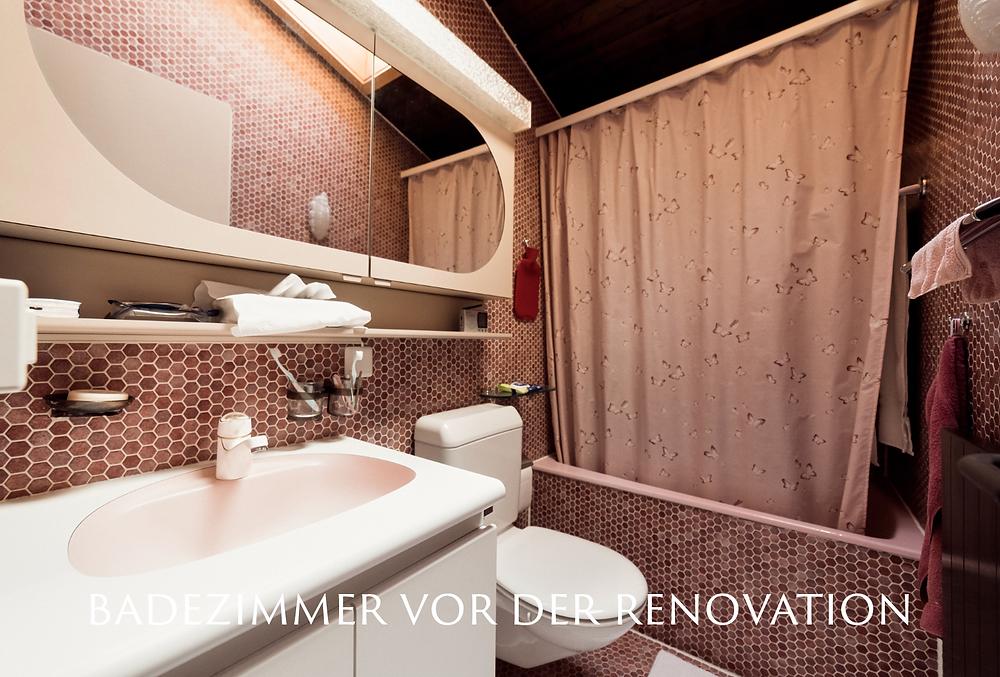 Badezimmer vor der Renovation