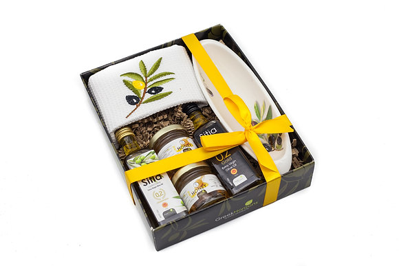 Traditional porcelain gift box No321