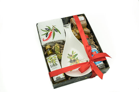 Traditional porcelain gift box No305