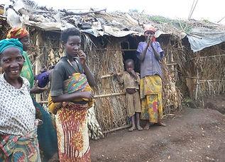 Casas do povo Batwa II.jpg