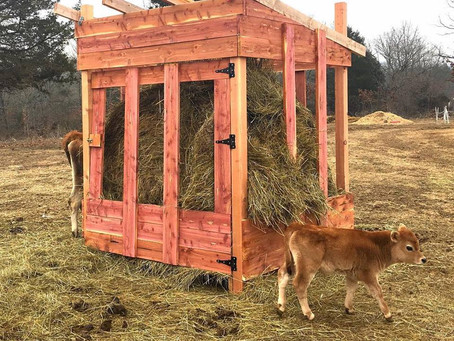 Cedar Hay Feeder