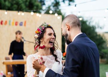 Mariage coloré au Chateau Fajac