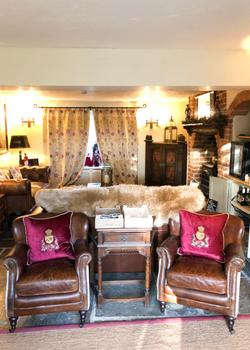 Holly Lodge Lounge