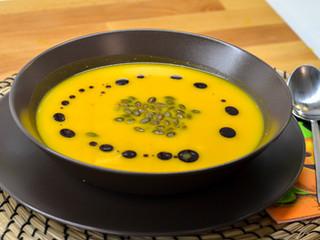 Tekvicová polievka skokosovým mliekom