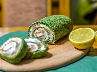 Špenátová roláda s údeným lososom a kozím syrom