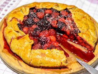 Celozrnný galette koláč s ovocím