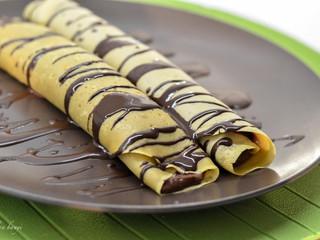 Paleocinky zgaštanovej múky sčokoládovým krémom zavokáda