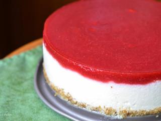 "Paleo jahodovo-""tvarohová"" tortička"