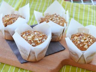 Celozrnné mandľovo-broskyňové muffiny