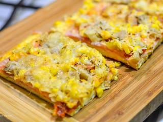Pizza s tvarohovým základom