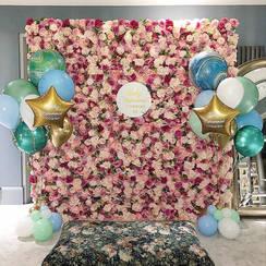 Raspberry Ripple Flower wall