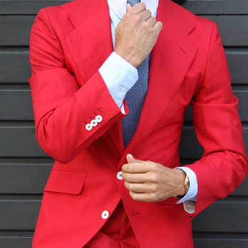 Red-Rounded-Notch-Wool-Line.jpg