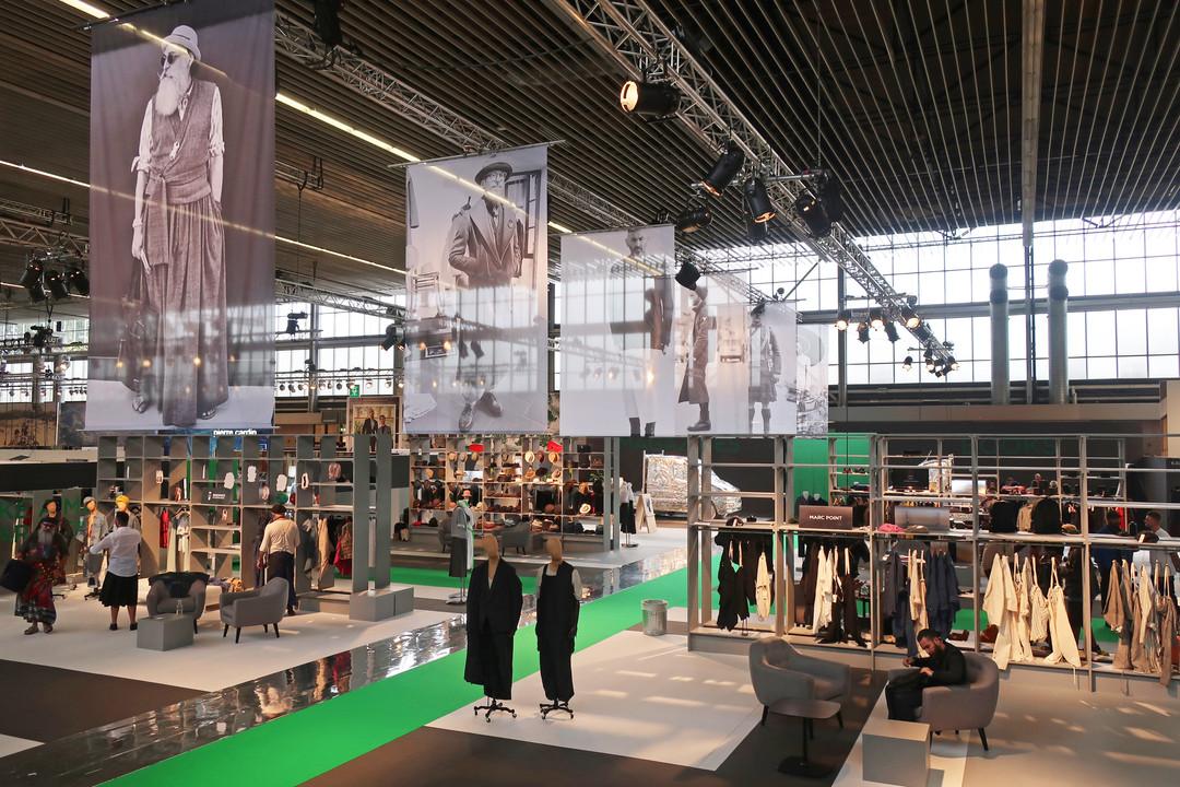 DRESS LIKE A MAN/WEAR A SKIRT modefabriek