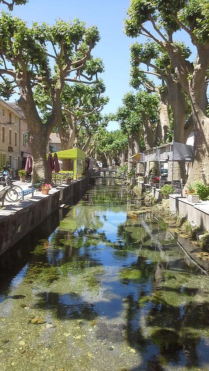 Canal  Goudargues.jpg
