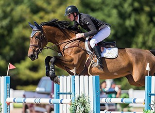 Daniel Coyle Steals the Show at Canadian Show Jumping Tournament