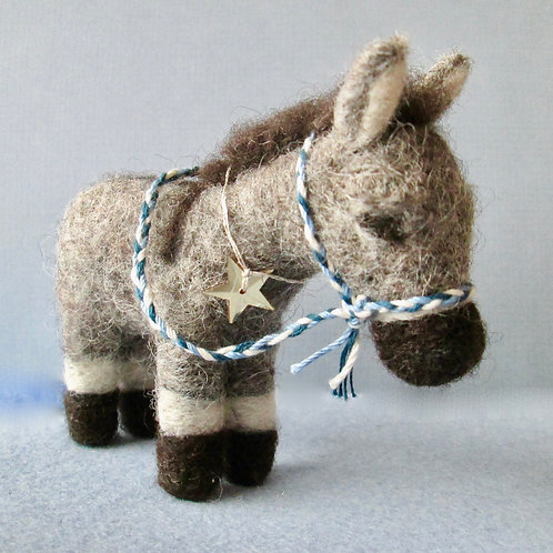Christmas Donkey Kit (makes 1)