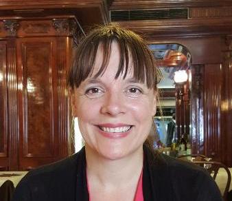 Laura Popova