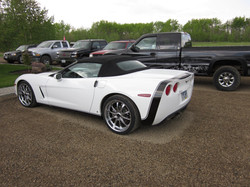 Corvette white finished 2011 May (4)