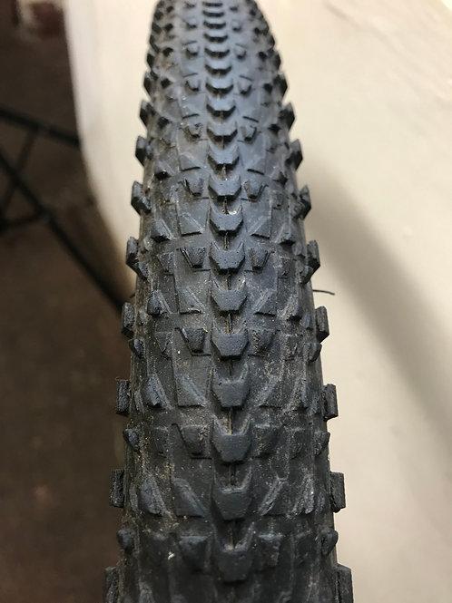 Giant Quick Cross Tyre