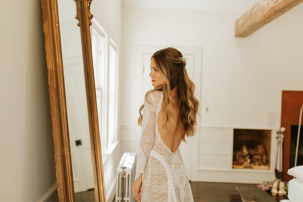 curled-contoured-beauty-bridal-wavey-waves-blonde-wedding-engaged-c+c