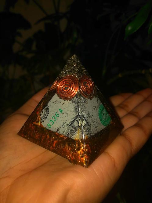 Prosperity Orogone Pyramid