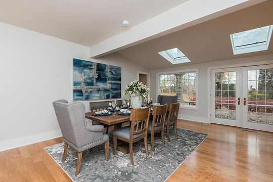 home staging, home stager, iowa home staging, iowa home stager, vacant staging, occupied staging, real estate photography, iowa real estate photography, ames home staging, ames home stager, lux home staging, dining room staging
