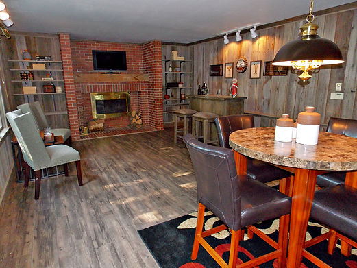 home staging, home stager, iowa home staging, iowa home stager, vacant staging, occupied staging, real estate photography, iowa real estate photography, man cave staging, bonus room staging, living room staging, den staging, rustic staging, older home staging