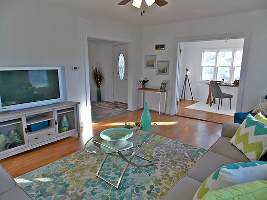 home staging, home stager, iowa home staging, iowa home stager, vacant staging, occupied staging, real estate photography, iowa real estate photography, starter home staging, flip home staging