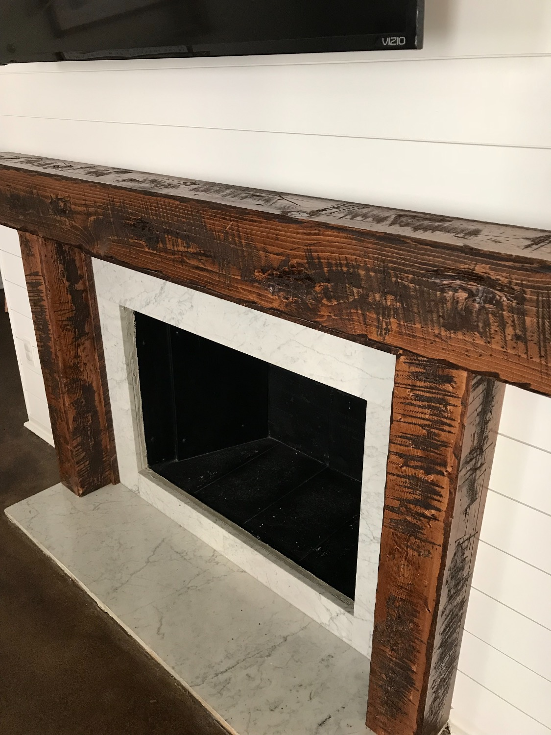 Distressed Mantle and Surround