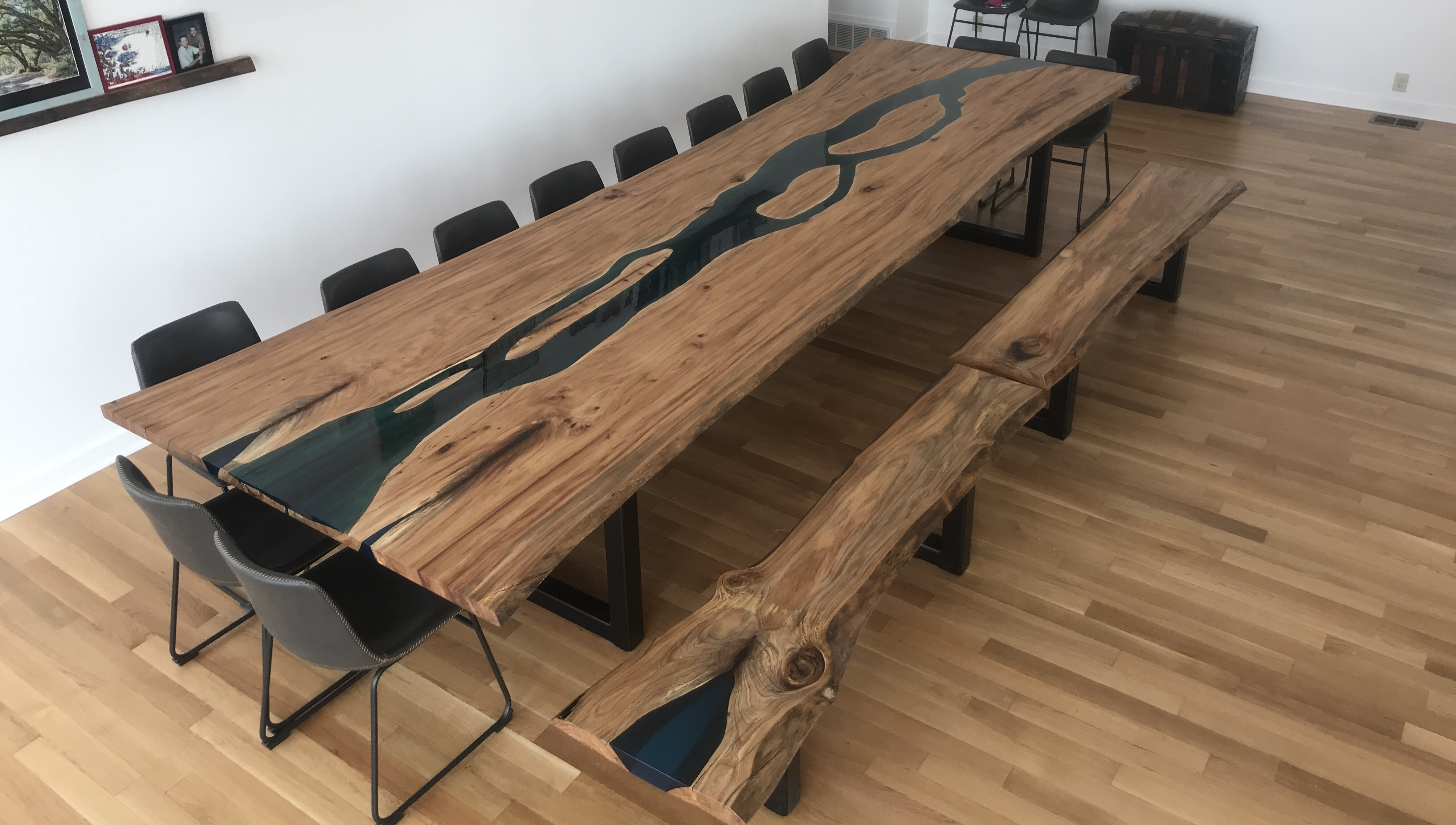Claude River Table
