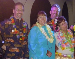 Doreen and the band go Hawiian