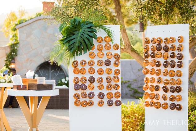 Modern Wedding at Catalina View Gardens