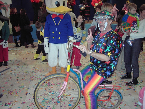 CLOWN VELO luc.JPG