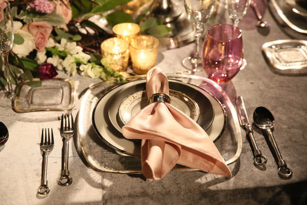 Upscale Tablesetting