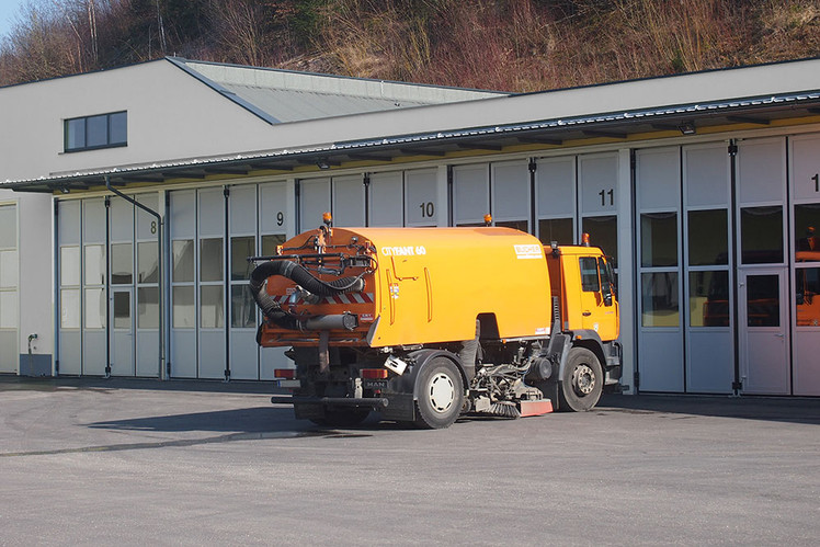 Industrietor Wirtschaftshof Falttor AL603F Thermo A6 C0 eloxiert