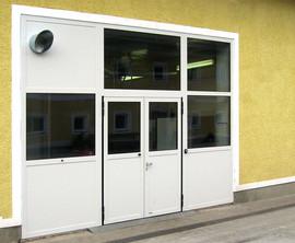 schneider-industrietore-zwei-fluegeltor-aluminium-al602z-verkaufsraum-lehner-scharten_1.jp
