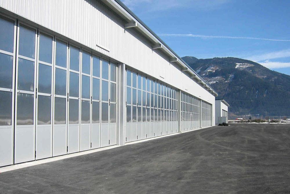 schneider-industrietore-hangartore-faltt