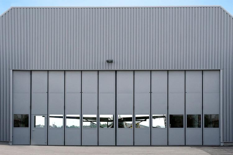 schneider-industrietore-hangar-schiebefa