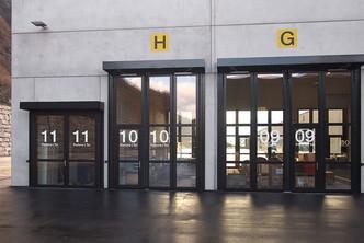 schneider-industrietore-zwei-fluegeltor-stahl-st602z-tunnel-st-gotthard_2.jpg