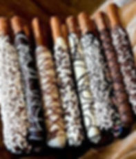 Chocolate-Dipped-Pretzel-Rods.jpg