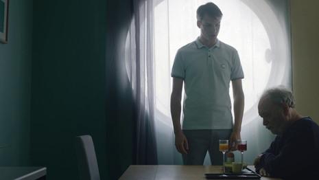Help 3   Director: JanekTarkowski