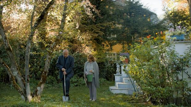 Menuett | Director: Felix Karolus